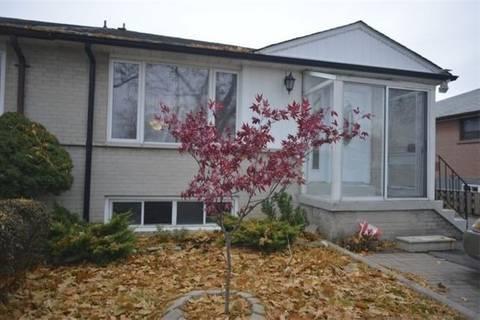 Townhouse for rent at 19 Avondale Blvd Unit Upper Brampton Ontario - MLS: W4700862