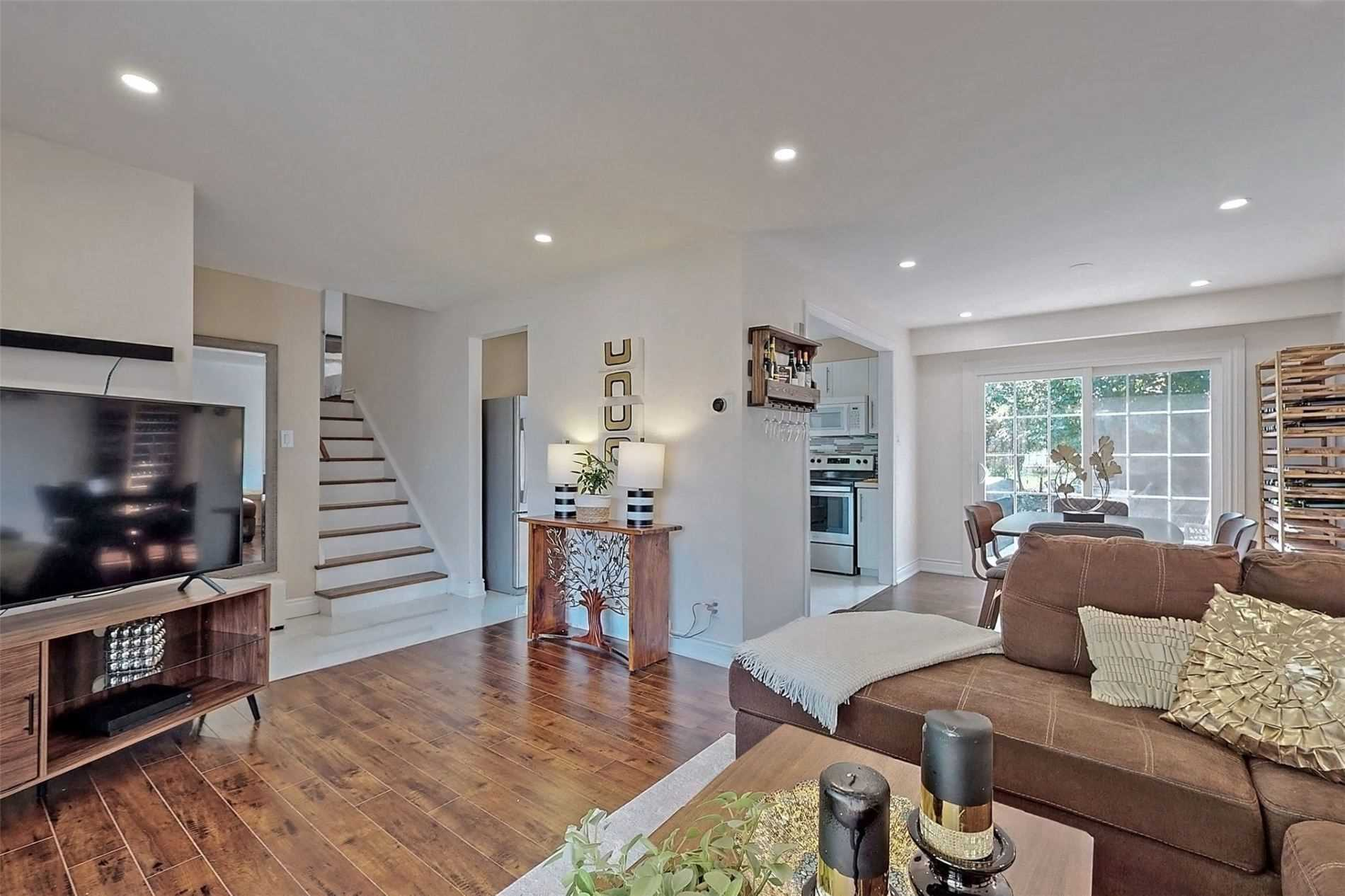 For Rent: Upper - 22 Allendale Road, Brampton, ON | 2 Bed, 1 Bath House for $2400.00. See 23 photos!