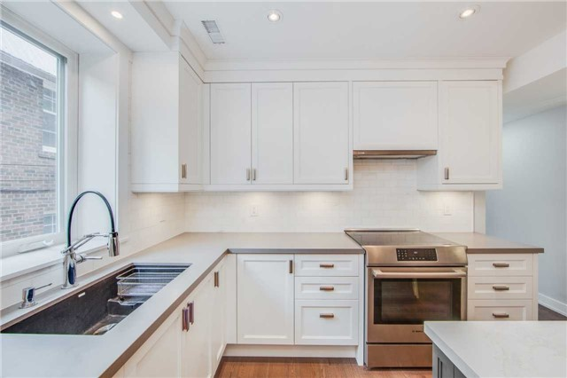 For Rent: 229 Howland Avenue, Toronto, ON | 3 Bed, 2 Bath Townhouse for $4,200. See 20 photos!
