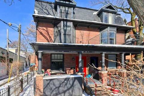 Townhouse for rent at 254 Carlton St Unit Upper Toronto Ontario - MLS: C4688794