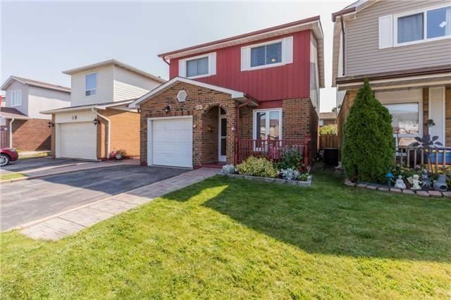 For Rent: 33 Lindridge Avenue, Brampton, ON | 3 Bed, 2 Bath House for $1,700. See 12 photos!