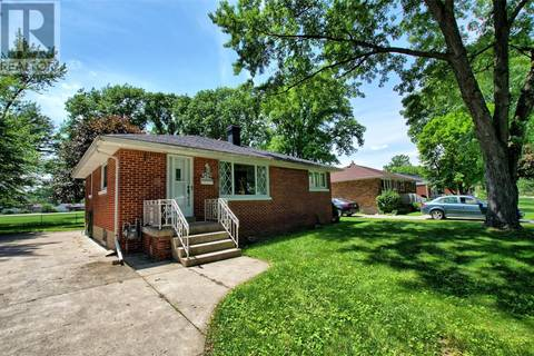 House for rent at 3479 Mckay  Unit UPPER Windsor Ontario - MLS: 19021117