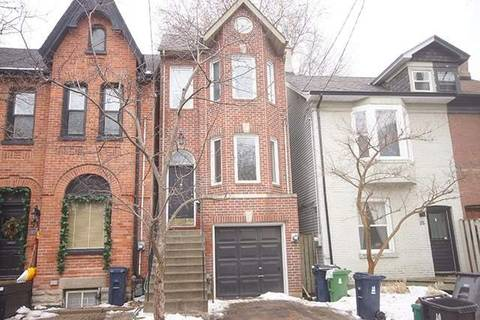Townhouse for rent at 37 West Ave Unit Upper Toronto Ontario - MLS: E4629766