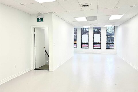 Commercial property for lease at 388 Spadina Ave Apartment Upper Toronto Ontario - MLS: C4990355
