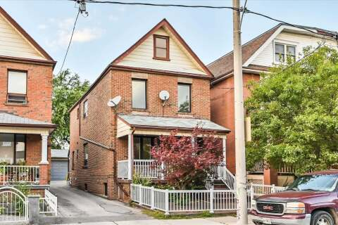 Townhouse for rent at 52 Lappin Ave Unit Upper Toronto Ontario - MLS: W4932953