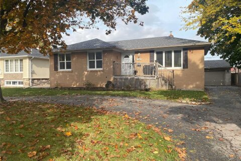 House for rent at 533 Third Line Unit Upper Oakville Ontario - MLS: W4966139