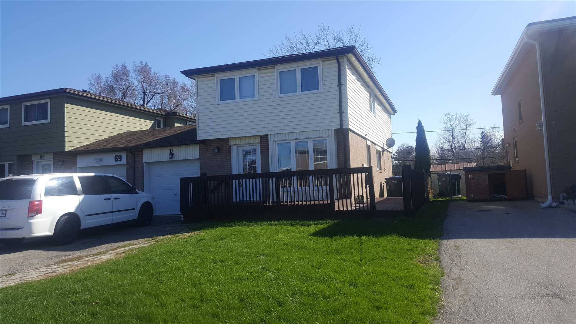 House for rent at 71 Cloverdale Dr Unit Upper Brampton Ontario - MLS: W4415910