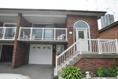 Townhouse for rent at 71 Hickorynut Dr Unit Upper Toronto Ontario - MLS: C4607910