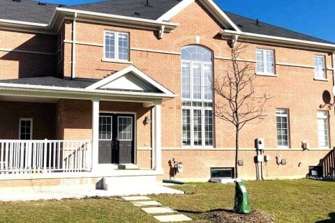 Townhouse for rent at 918 Oasis Dr Unit (Upper) Mississauga Ontario - MLS: W5002809