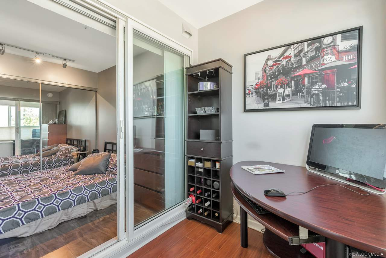 For Sale: W302 - 488 Kingsway , Vancouver, BC | 1 Bed, 1 Bath Condo for $525,000. See 20 photos!