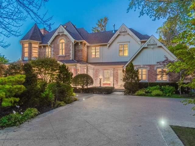 For Sale: W4040972, Oakville, ON | 4 Bed, 9 Bath House for $5,499,000. See 20 photos!