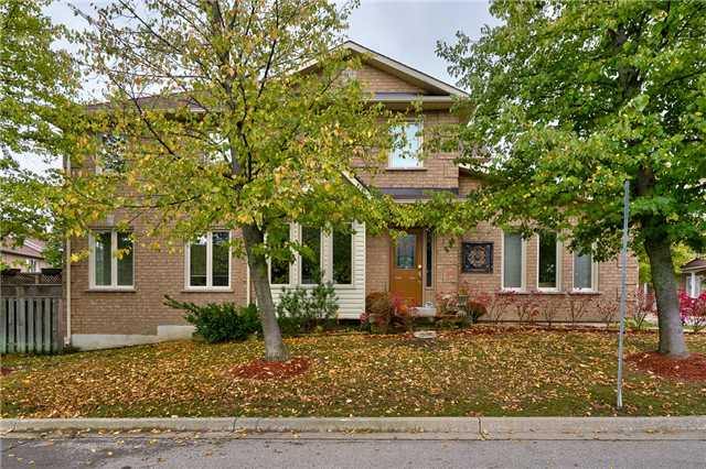 For Sale: X3955379, Hamilton, ON | 3 Bed, 3 Bath Townhouse for $479,000. See 20 photos!