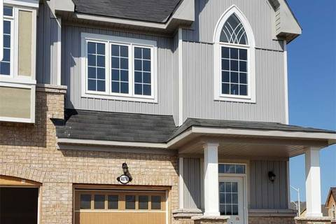 Townhouse for rent at    Lincoln Ontario - MLS: X4541648