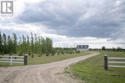 House for sale at  Yesnik Acreage  Dundurn Rm No. 314 Saskatchewan - MLS: SK771617